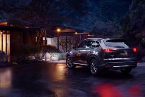 Mazda CX-9_SUV_Rear View_Tail Light