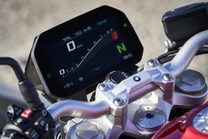 BMW Motorrad_F 900 R (10)_Display_Meter