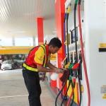 Shell Malaysia_Sanitising Petrol Nozzle_Fuel Pump