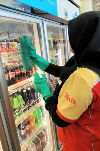 Shell Malaysia_Sanitising Refrigerator Case