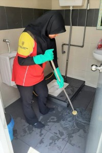 Shell Malaysia_Cleaning Restroom