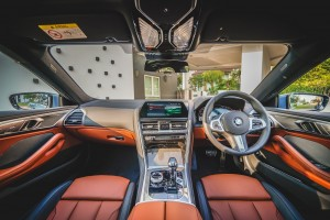 BMW 840i Gran Coupé M Sport (10)_Interior_Dashboard_Steering Wheel