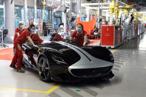 Ferrari Factory Resumes Production_Italy_Pandemic_Monza SP2