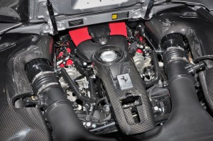 Ferrari F8 Spider_V8 Engine