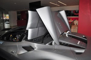 Ferrari F8 Spider_Retractable Hard Top RHT_Folding