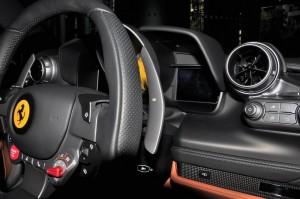 Ferrari F8 Spider_Steering Wheel_Paddle Shift