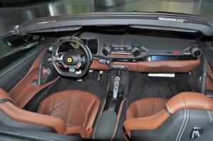 Ferrari 812 GTS_Cabin