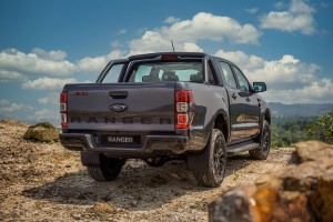 Ford Ranger FX4_13_Rear