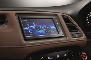 Honda HR-V RS_Display Audio Multimedia Unit_Touchscreen_Dark Brown Leather Interior