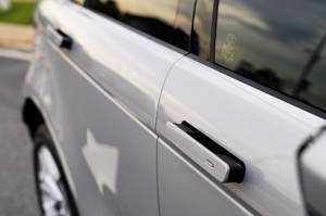 Range Rover Evoque_Flush Deployable Door Handles