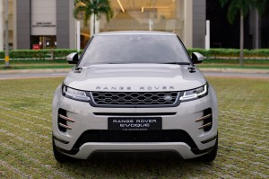 Range Rover Evoque_Front View