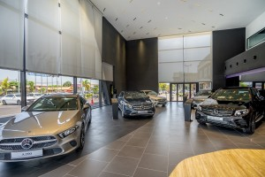Mercedes-Benz_Showroom_Display