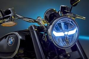 BMW R18_Headlight
