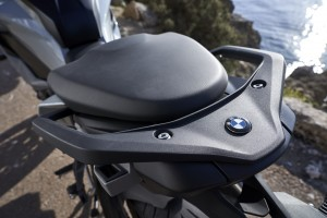BMW S 1000 XR_Seat_Rear