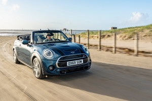 MINI Convertible Sidewalk Edition_Beach