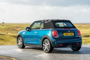 MINI Convertible Sidewalk Edition_Rear View_Tail Lights_Roof Up