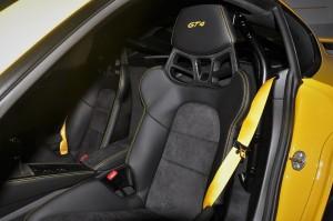 Porsche 718 Cayman GT4_Seat
