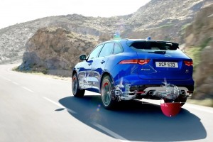 Jaguar F-PACE_Graphic_Suspension