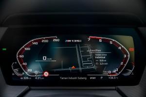 BMW M135i xDrive_Digital Cockpit_Instrument Display