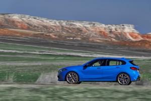 BMW M135i xDrive_Misano Blue