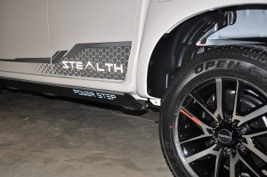 Isuzu D-Max Stealth_Decal_Power Step Side Step