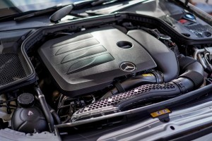 Mercedes-Benz C 200 Coupe AMG Line_2.0 Turbo Engine