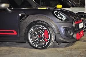 MINI John Cooper Works GP_Forged Wheel_Wheel Arch Trim