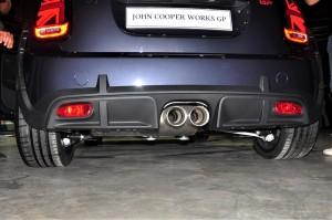 MINI John Cooper Works GP_Dual Exhaust_Rear Diffuser