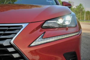 Lexus_LED Headlight_DRL