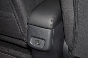 Nissan Almera Turbo_1.0 VL_Rear USB Port