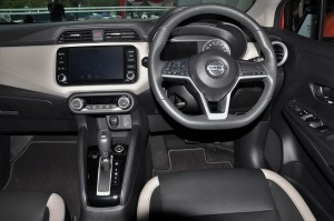 Nissan Almera Turbo_1.0 VLP_Cockpit_Steering Wheel_Infotainment Touchscreen
