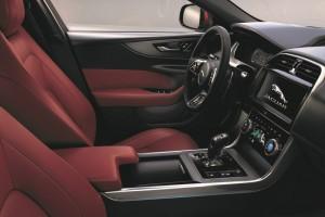 Jaguar XE_Cabin_Interior