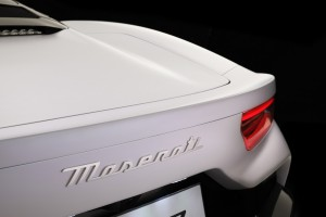 Maserati MC20_Integrated Spoiler