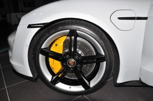 Porsche Taycan_Front Wheel_Brake Caliper_Disc