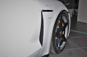 Porsche Taycan_Side Vent_Front Wheel_Charging Port