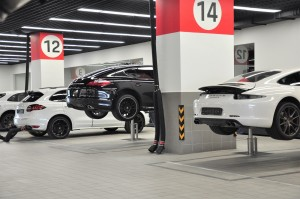 Porsche_Workshop_Service Area