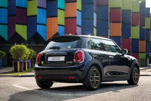 MINI Electric First Edition_Rear View