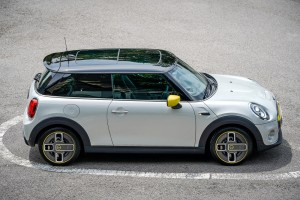MINI Electric First Edition_Side View