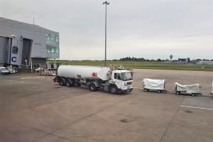 Volvo_Fuel Tanker_Airport