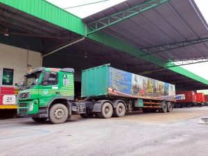 Air-Marine Cargo Agency_Volvo FM_Container Truck