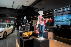Mercedes-Benz_Lifestyle_Boutique_Clothing_Accessories_Showroom_Autohaus