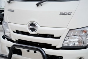 HINO 300 Series Pro_Front Grille_Headlights_Bar