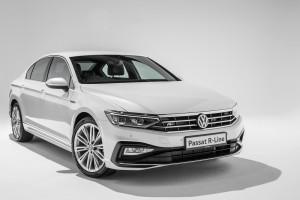Volkswagen_Passat_R-Line_Exterior