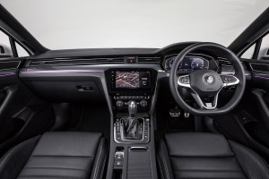 Volkswagen_Passat_R-Line_Interior_Dashboard_Steering Wheel
