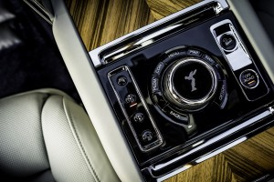 Rolls-Royce Cullinan_Sprit Of Ecstasy_Control Knob_Buttons_Off-Road