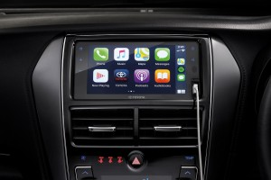 Infotainment System_Touchscreen_Apple CarPlay_Android Auto-ready Connectivity