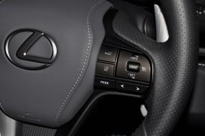 Lexus_Steering_Controls_Lexus Safety System_Cruise Control