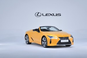 Lexus LC 500 Convertible_Roof Down