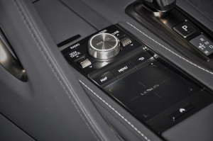 Lexus_Remote Touch Interface_Touchpad_Control Knob