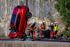 Volvo Cars conducts accident research and rescue services training.